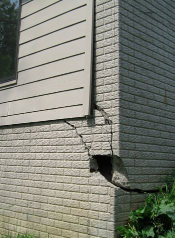 severe cracking of structural walls in North Platte
